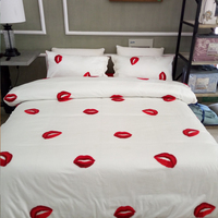 Fashion Long Staple 100 Cotton Yarn Embroidery Sexy Red Lips Leaves Bed Sheets Button 4pcs Full