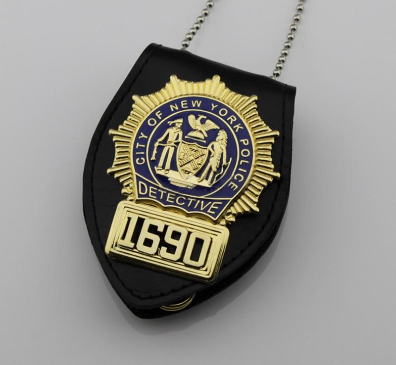 Classic BLUE BLOODS DETECTIVE LIEUTENANT Replica Movie Prop Pin Badge