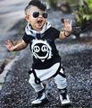 Varejo 2017 Roupas de Bebê Verão Conjunto de Roupas de Bebê Menino de Algodão Crânio de Manga Curta 2 pcs Roupas de Bebê Menino