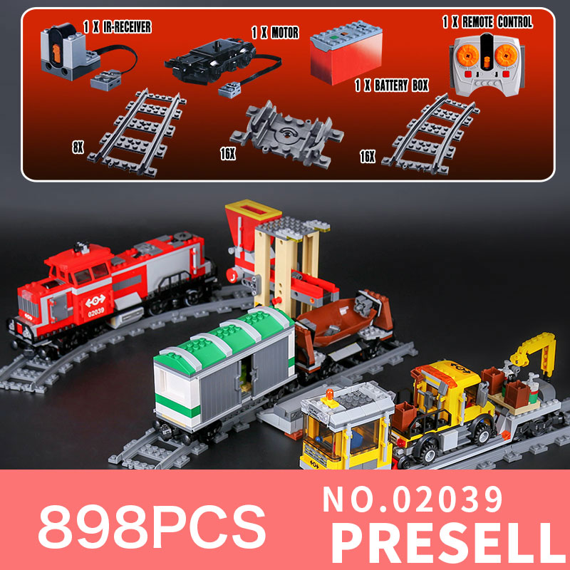lepin 02039 898Pcs City series red cargo train compatible with LegoINGl 3677 Children gift bricks model building blocks toys 2017 enlighten city series garbage truck car building block sets bricks toys gift for children compatible with lepin
