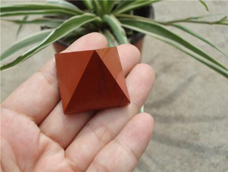 Abbastanza naturale diaspro rosso pietra quarzo cristallo Piramide di guarigione spedizione gratuita