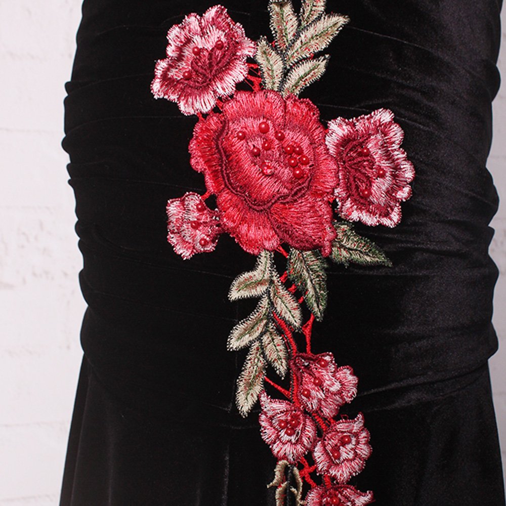 7ec808f2d1 BeryLove Elegant Black Velvet Prom Dress 2019 Long Straight Open Back  Embroidery Evening Dress Special Occasion VelourParty Gown-in Prom Dresses  from ...