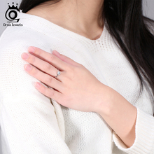 ORSA JEWELS 2017 Popular Girls Finger Ring Austrian Cubic Zirconia Solitaire Ring, Silver Color Ring for Wedding OR01