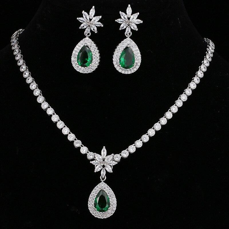 Zircon cubique vert femmes boucles d'oreilles et ensembles de collier
