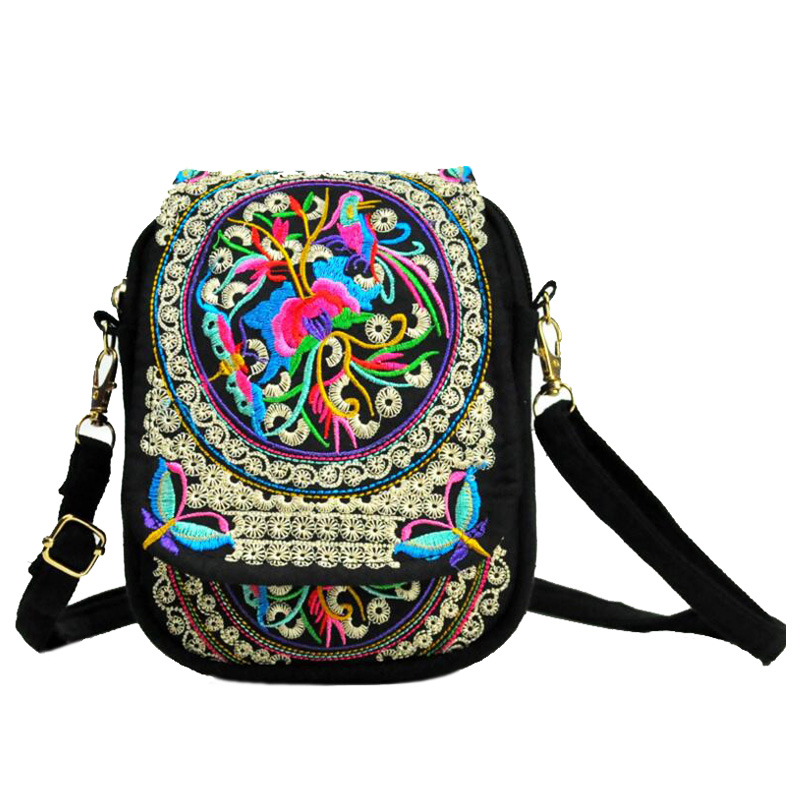 Ethnic Embroidery Bag Boho Vintage Embroidered Canvas Cover Shoulder Messenger Bags Women Small Coins Travel Beach Phone Purse