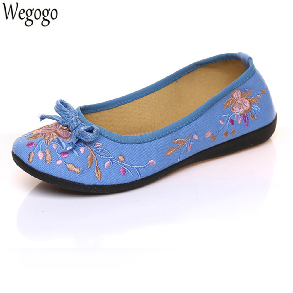 2018 Spring New Women Shoes Flats Comfortable Bow Casual Floral Embroidery Dance Drive Walk Shoes Woman Slip On Cloth Ballets 2017 spring new women sweet floral embroidery pastoralism denim jeans pockets ankle length pants ladies casual trouse top118