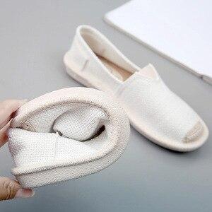 Image 1 - 2018 été lin chaussures plates femmes léger respirant pêcheur chaussures dames doux décontracté loisirs chaussures sans lacet paresseux mocassins