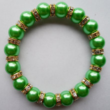 Good quality 10mm green pearl plastic beads bracelet, New mode green pearl Bezel Set auger bracelet With elastic(China)