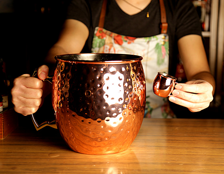 Giant 5l hammered mug 5