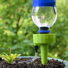 Drip irrigation system Plant Waterers DIY spikes taper watering plants For flower pots And greenhouse 30pcs все цены