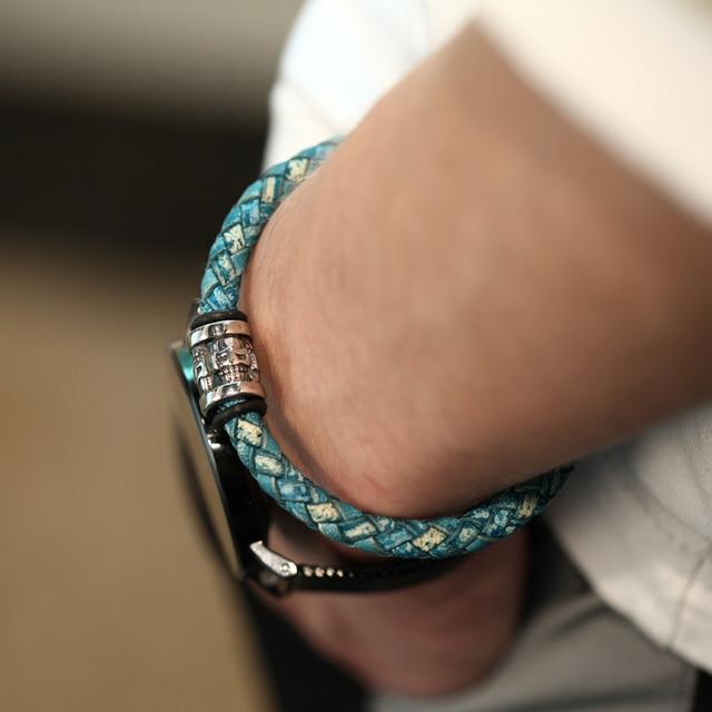 322a5c5eefea Mcllroy de brazaletes de los hombres de acero inoxidable de cuero de moda  pulseras y brazaletes