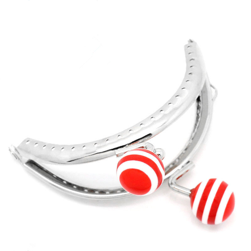 25Pcs Red Resin Ball Stripes Arch Frame Kiss Clasps Lock Purse Bag Handbag Clutch Handle Silver Tone 8.5x7cm magnet kiss lock skull clutch handbag esay matching dress bag