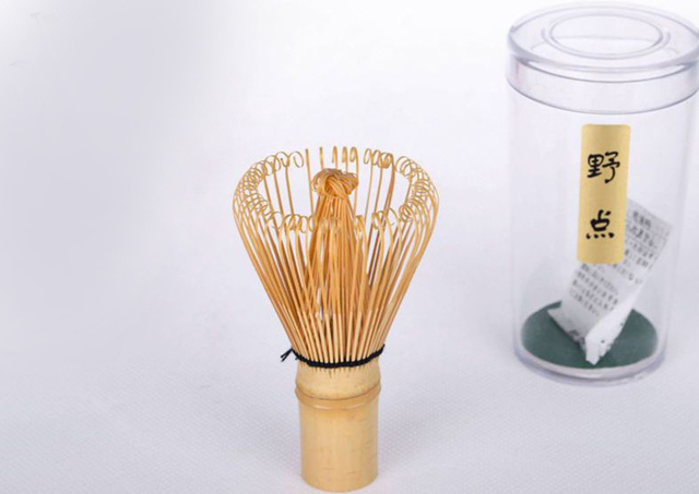 1x Japanese Ceremony Bamboo Chasen Green Tea Whisk for Preparing Matcha Powder Natural Durable Brush Tool Tea Accessories