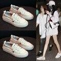As Sapatilhas Das Mulheres Moda QUENTE Breathble Calçados Vulcanizados Sapatos de Plataforma de couro Lace up Casual Branco Tenis Feminino Zapatos De Mujer