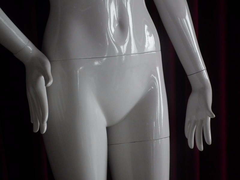EMA-W032B_mannequin_06
