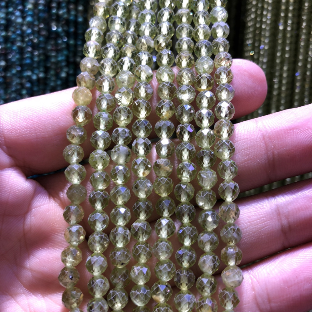 "Купить с кэшбэком 5 strings Lot Faceted Tiny Small Beads,Natural Peridot Beads 2mm 3mm Faceted Round Tiny Spacer Beads,15.5""/str"