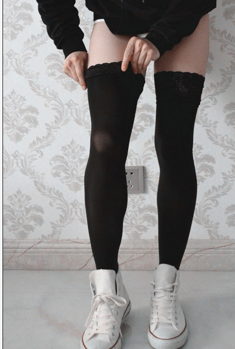 hot  80D Velvet Knee Socks Fashion men Sexy Longituba Lace edge non-slip Stockings Knee Lace Pantyhose Tight Black Stockings men