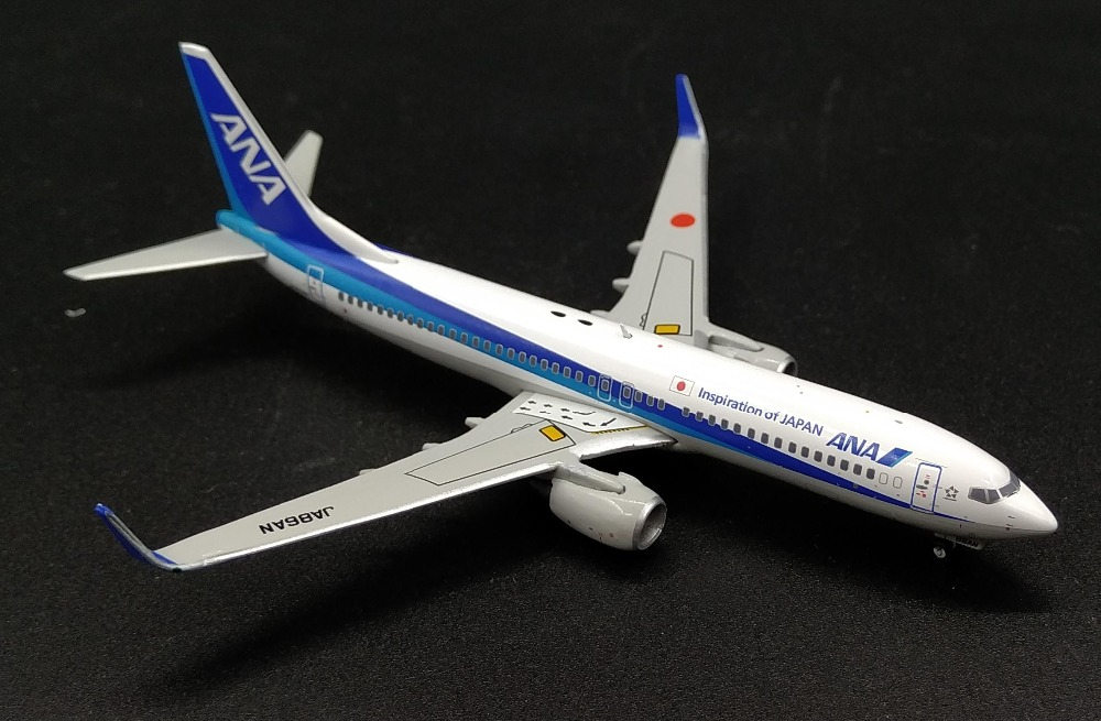 цена  Fine JC W 1: 400 ANA Boeing 737-800 Alloy passenger model XX4694 Collection model Holiday gifts  онлайн в 2017 году
