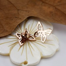 Han edition delicate butterfly modelling plating rose gold earrings titanium steel jewelry wholesale