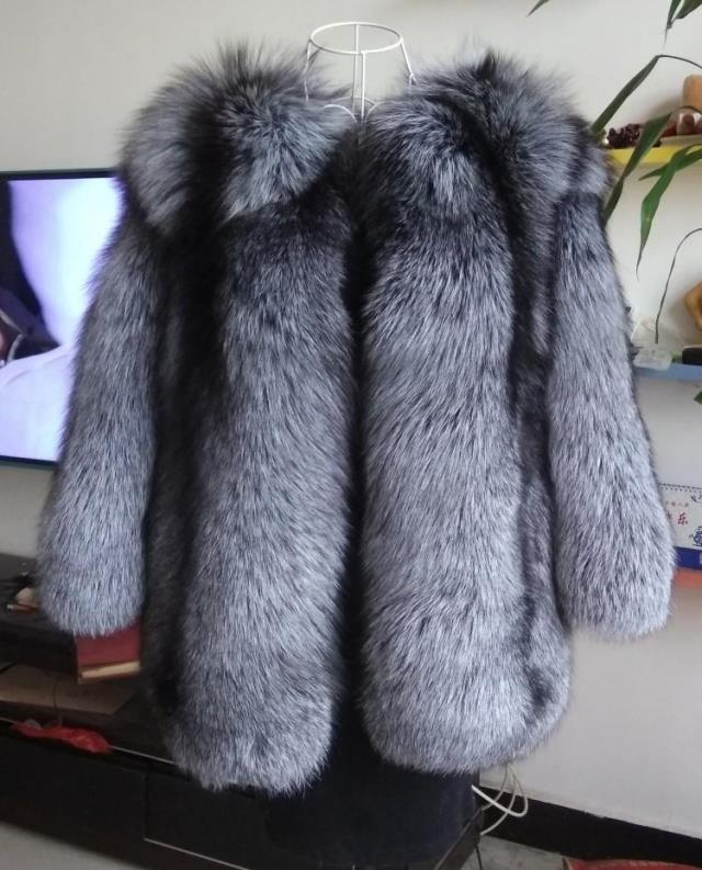 Russian Style  beautiful fluffy genuine silver fox fur coats women's Whole pelts Luxury natural fox fur jackets overcoat