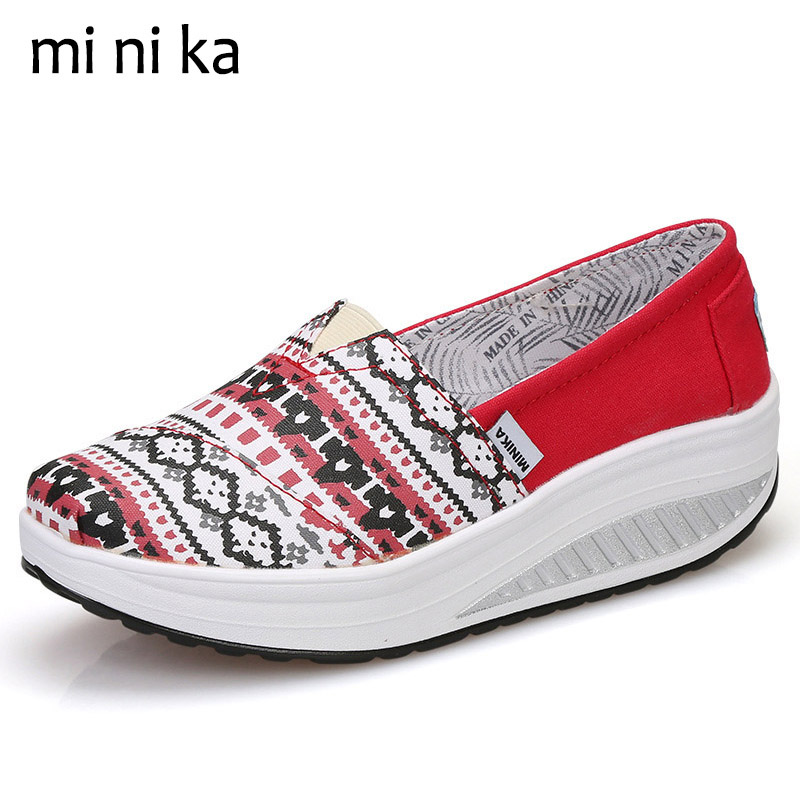 MINIKA National Bohemia Platform Women Flats Slip On Canvas Casual Women Flat Shoes Female Ladies Breathable Summer 2017 SNE-772 fashion embroidery flat platform shoes women casual shoes female soft breathable walking cute students canvas shoes tufli tenis