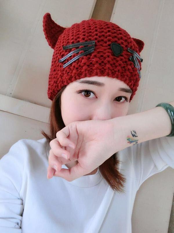 Bomhcs Для женщин зимняя шапка вязанная крючком Плетеный милые кошачьи уши Берет шапочка ручной вязки Кепки