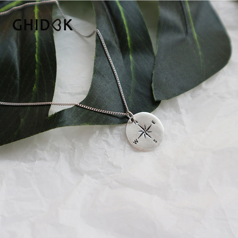 High Quality Material And Performance Handmade Unique Leather 925 Silver Emblem With Garnet Necklace Choker