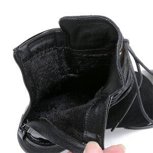 Image 5 - JIANBUDAN marka moda PU skórzane damskie buty motocyklowe jesień skórzane sznurowane botki kobiece buty zimowe śnieg 35 43