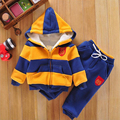 Deportes del bebé de la Chaqueta de la Capa Del Suéter y Pantalones Espesar Niños ropa Set 2016 Venta Caliente Muchachas de Los Niños del Algodón del Invierno traje