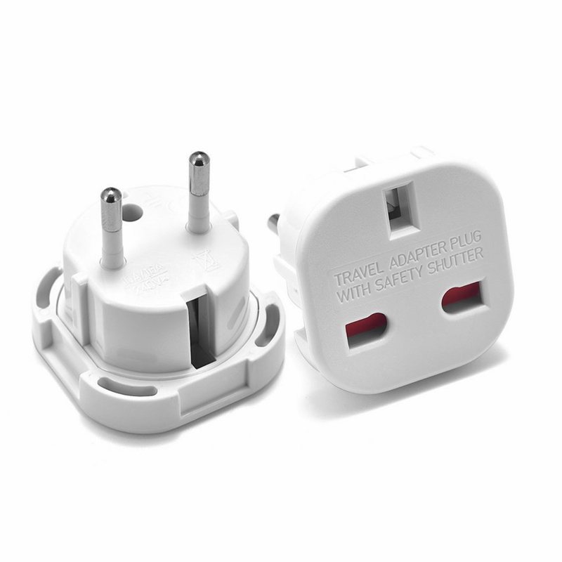Universal 2 Pin Power Plug Adapter 10A UK To European Euro EU Travel Charger Adapter Plug Outlet Converter Adaptor AC 240V