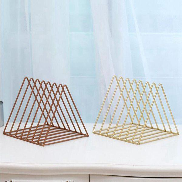Nordic треугольник простой кованого железа desktop хранения полка файл журнала коробка для хранения офисные rack канцелярские организатор органайзер для журналов triangle desktop organizer iron