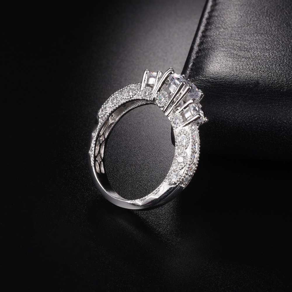 Sterling Silver Round Simulated Diamond Halo Ring Size 4-9