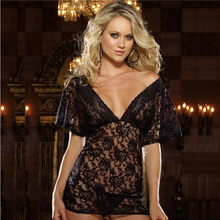 2017 Erotic T445 Free Plus Size Floral Lace Short Sleeves Off Shoulder Sexy Baby Doll Deep V Large Lingerie Sleepwear Nightgown