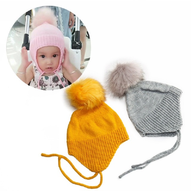 Lindo Pom bebé invierno sombrero de punto de ganchillo sombrero bebé niñas  sombrero Bonnet Beanie niños. Sitúa el cursor encima para ... e83dde8c59e
