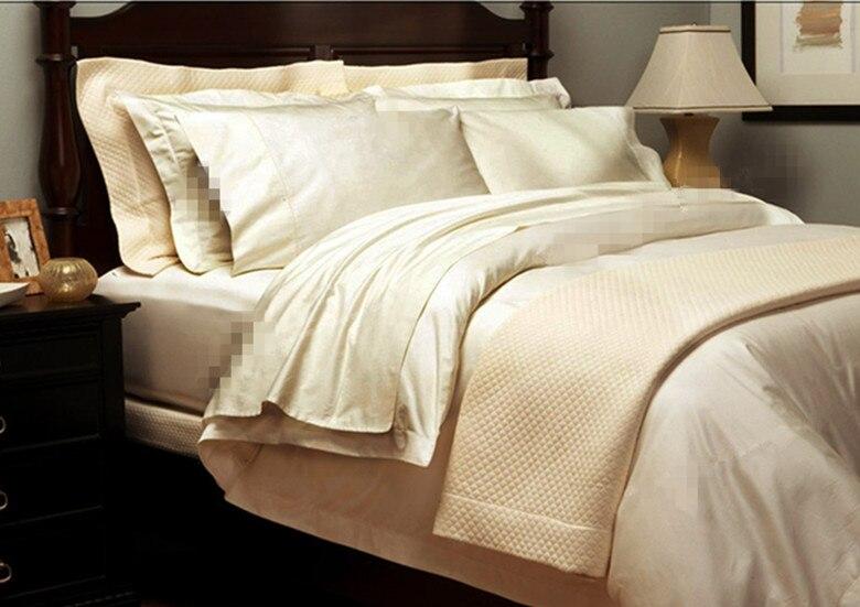High Quality 1800 TC bedding flat sheet set 100% Egyptian cotton 4 pcs bedding sets beige white colors customize