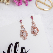 Korean New Trendy Shiny Crystal  Dangle Drop Earrings Women Girl  Charming Rhinestone Earrings for Summer Vacation Gift 5A1021