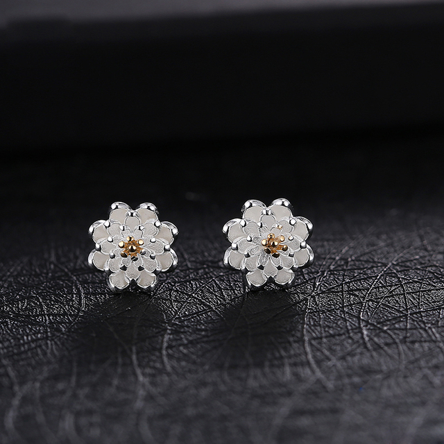 Lucky Sonny Solid Pure 925 Sterling Silver Stud Earrings Chrysanthemum Antiallergic Enamel Silver Daisy Stud Earrings for Women