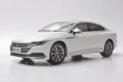 1:18 Diecast Model voor Volkswagen VW Nieuwe CC Arteon 2018 Wit Legering Speelgoed Auto Miniatuur Collectie Geschenken Passat Magotan