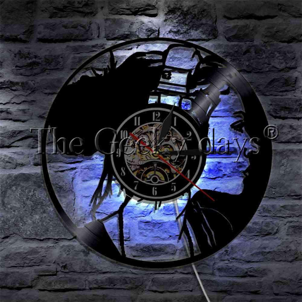 1 stück Schöne Mädchen Mit Kopfhörer Schallplatte Wanduhr Musik Mädchen Natürliche Haar Wand Uhr Decor Kunst LED Hängen lampe