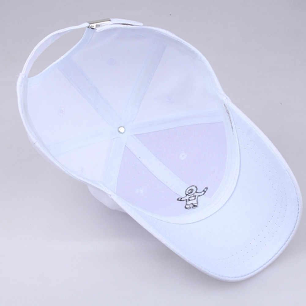 女性のファッションブラシユニセックスファッション帽子宇宙飛行士 Emberoidery 野球帽子キャップアイシャドウブラシブレンド眉毛メイクアップ