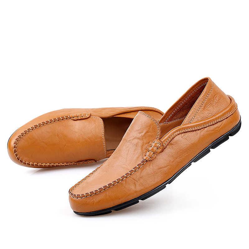 หรูหรารองเท้าผู้ชายแฟชั่นหนังสบายฤดูร้อน Loafers Slip บนรองเท้าขับรถรองเท้าหนังนิ่มคุณภาพสูงรองเท้า