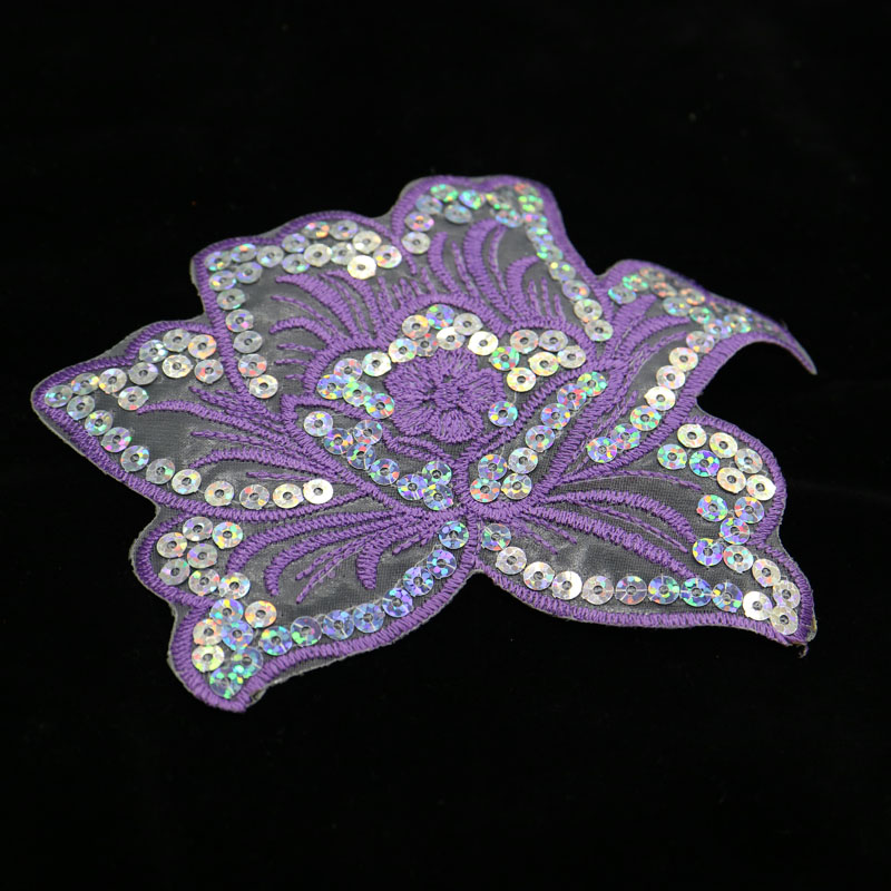 1PC~PINK FLOWER~IRON ON EMBROIDERED APPLIQUE
