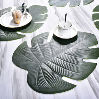 Leaf-shaped Placemat