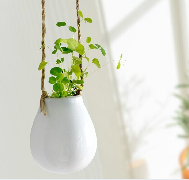 White Ceramic Small Egg Hanging Wall Planter Terrarium Air Plant Garden For House Ornament