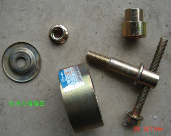 Automotive air conditioning i tensioner air conditioning strap tensioner pulley compressor guide wheel