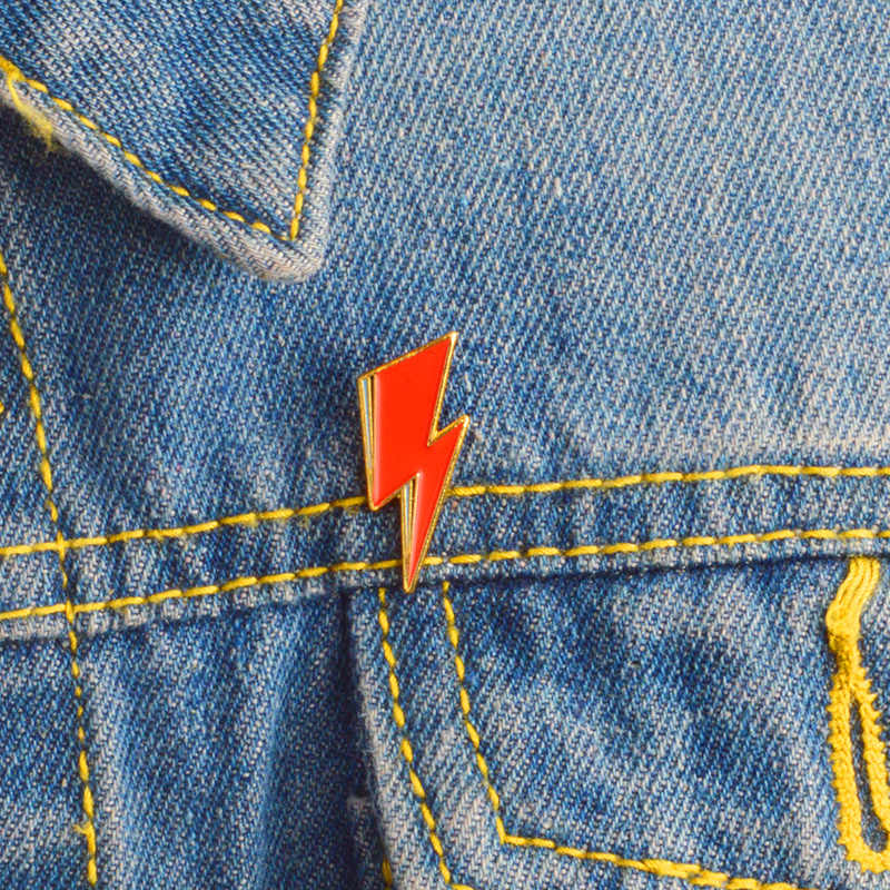 Rode Bliksem Zacht Email Broches GLAM ROCK Aladdin Sane Pins voor kleding Overhemd Zak Hoed Badge Cartoon Sieraden Gift voor vrienden