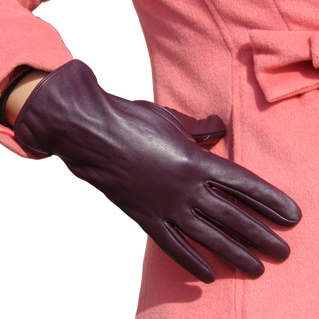 Genuine Leather Gloves...