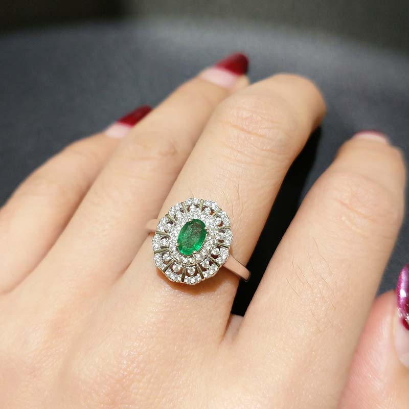 FLZB 2018 Natural emerald ring classic jewelry elegant ring in 925 sterling silver with 18k white