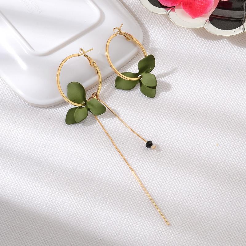 Hot Sale New Korean Version Popular Petal Asymmetrical Earrings Fashion Personality Long Geometric Circle Tassel Earrings