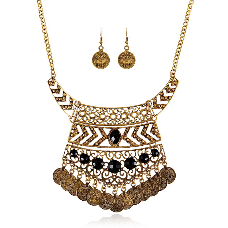 LZHLQ Hot Sale Bohemian Vintage Choker Necklace Fashion Ethnic Carved Coins Necklaces Pendants for Women Fine Jewelry Collar